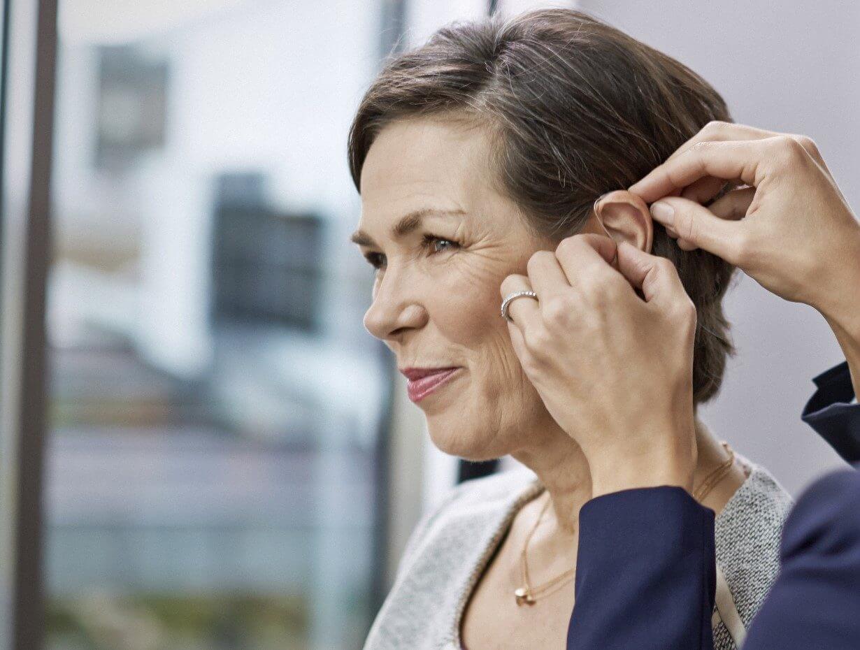Nah am Menschen sind hörgeräteakustiker