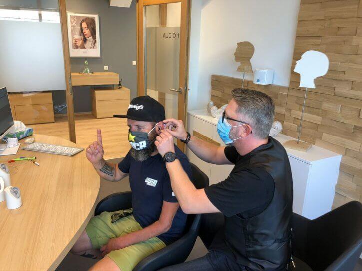 hörgeräte-erfahrung-anpassung-wiedemann-oelsner
